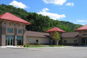 East Bluff Centre - La Crosse, WI